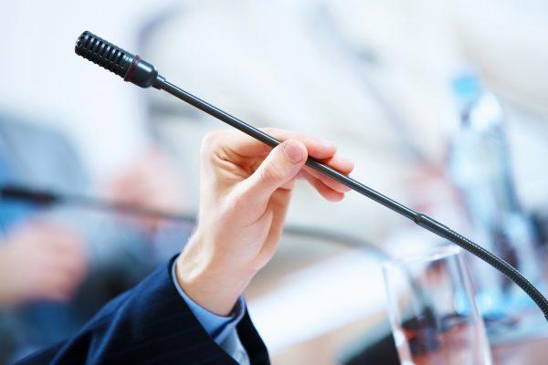 Apprenez les compétences incontournables des conférenciers professionnels